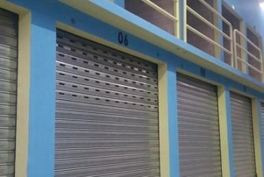 Bodega en renta en zona 2 Alquila en Complejo seguridad